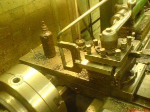 Приспособление для точения шаров на токарном станке