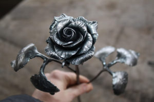 Железная роза своими руками