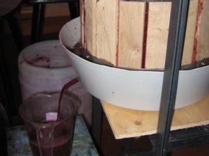 Изготовление пресса для винограда своими руками