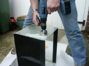 Как просверлить стекло обычным сверлом по металлу
