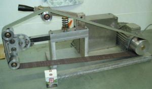 Ленточный шлифовальный станок по металлу своими руками
