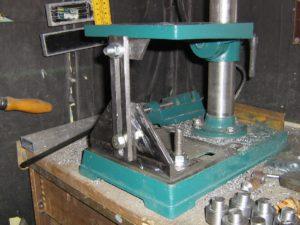 Подъемный столик для сверлильного станка своими руками