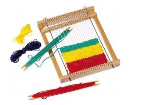 Сделать ткацкий станок своими руками просто