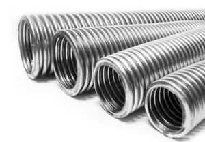 Тонкостенная металлическая труба для электропроводки