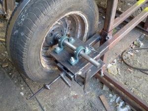 Ленточная пилорама на автомобильных колесах своими руками