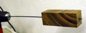 Как просверлить длинное отверстие в дереве