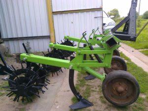 Самодельный окучник для трактора своими руками