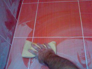 Затирка швов напольной плитки своими руками