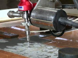 Резка металла водой своими руками