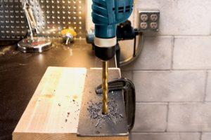 Как сверлить металл дрелью