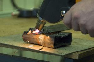 Как резать металл сварочным инвертором
