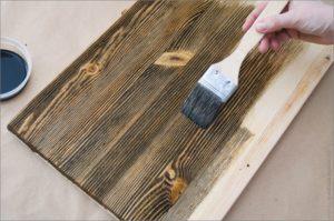 Как брашировать дерево своими руками