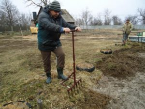 Лопата для перекопки огорода своими руками