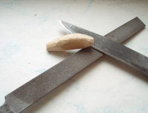 Из какого металла делают напильники