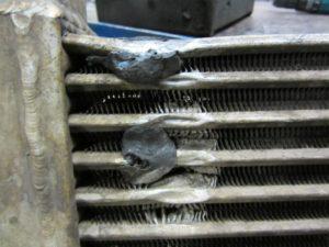 Можно ли заклеить радиатор холодной сваркой