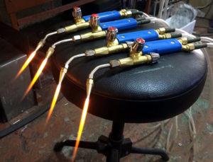 Кислородно водородная горелка своими руками