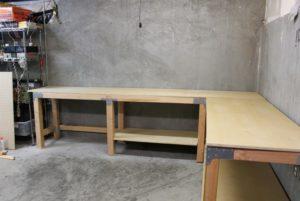 Как сделать стол в гараже своими руками