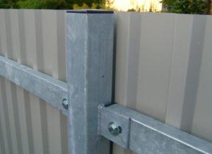 Забор из профлиста своими руками без сварки