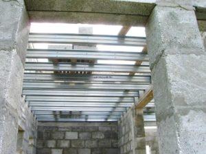 Междуэтажное перекрытие по металлическим балкам
