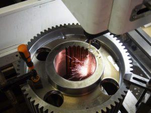 Электроэрозионная резка металла на проволочном станке