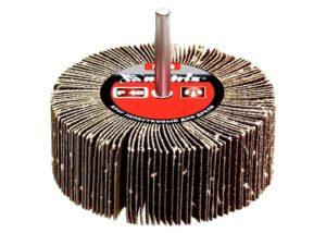 Лепестковая насадка на дрель для шлифовки
