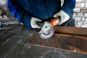 Обработка металла от ржавчины перед покраской