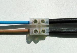Как правильно соединить медный и алюминиевый провод