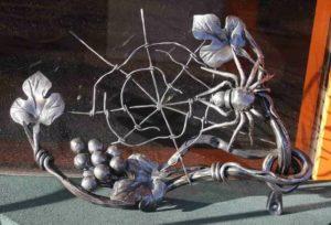Декоративные изделия из металла своими руками