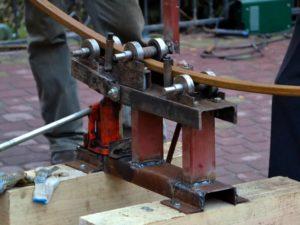 Приспособление для изгиба профильной трубы своими руками