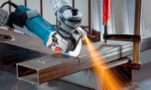 Как пользоваться болгаркой при резке металла